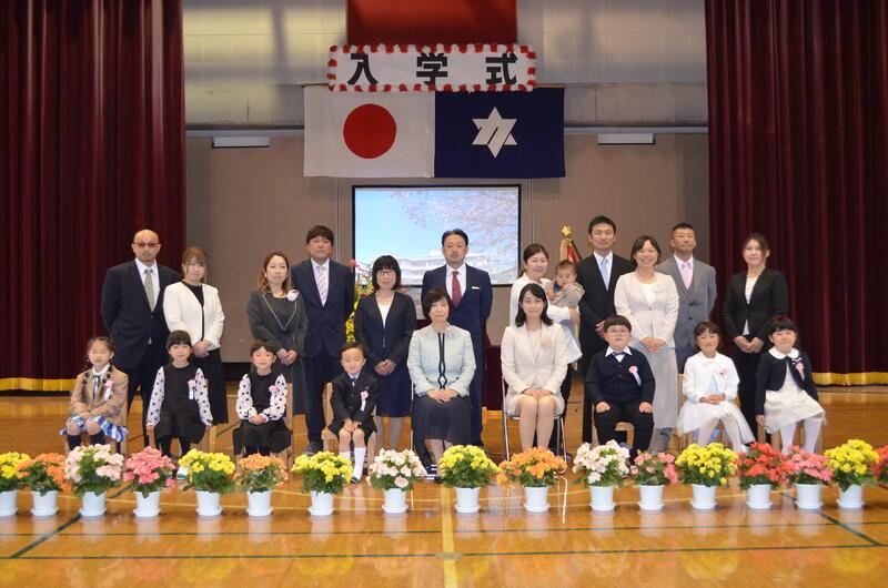 4/12(月)入学式が行われました。